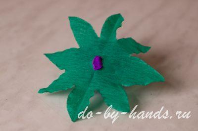 цветочный шар из гофрированной бумаги и нитей