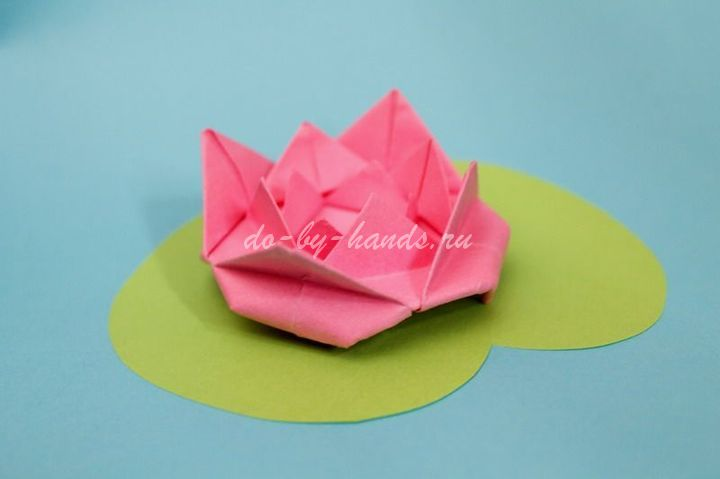 руками в технике оригами