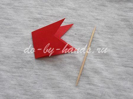 Как сделать флажок своими руками из бумаги