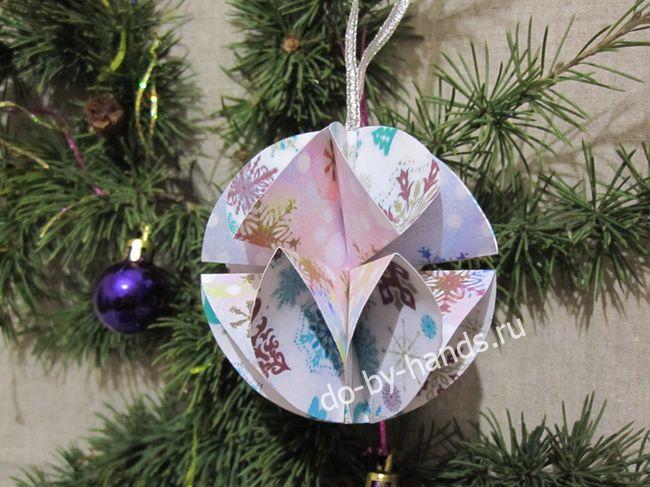 шарик из бумаги на елку