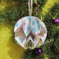 Новогодний шарик из бумаги своими руками на елку