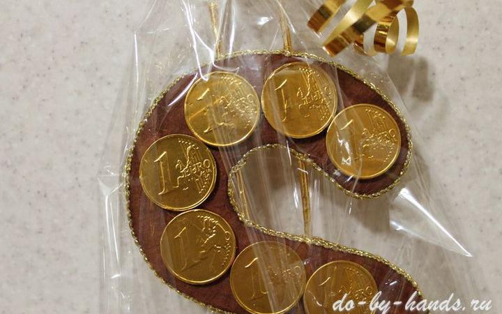 Доллар из конфет: мастер класс