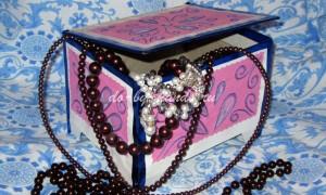 Шкатулка своими руками из картона + вышивка изонитью на шкатулке