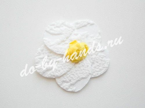 korzina-konfet-yagodi10