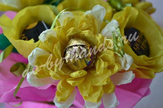хризантема из конфет